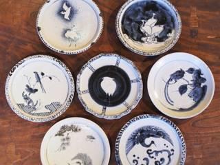 染付鳥文六寸皿: 吉田崇昭が手掛けたです。