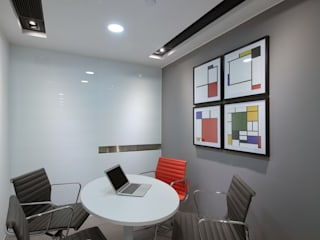 :  Offices & stores by FINGO DESIGN & ASSOCIATES LTD., Minimalist