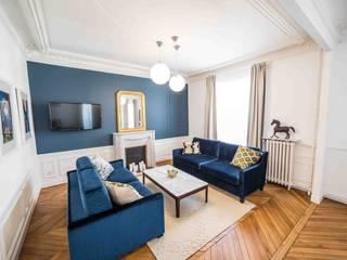 Rénovation d'un appartement Haussmannien Salon moderne par Clo - Architecture & Design Moderne