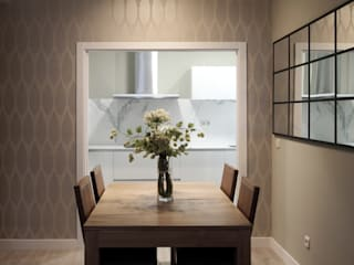 Classic style dining room by Reformmia Classic