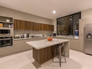Cocina Cocinas modernas de Loyola Arquitectos Moderno