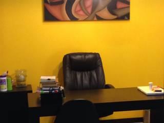 Consultorio Nutrióloga: Oficinas y tiendas de estilo  por 78metrosCuadrados