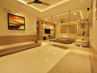 Mr Swapnil Choudhary:  Living room by GREEN HAT STUDIO PVT LTD