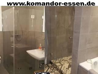 Duschkabinen nach Maß:  Badezimmer von Komandor Essen Schiebetüren Studio Jarosch Siegfried