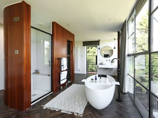 Greenacre Eclectic style bathroom by Martins Camisuli Architects Eclectic