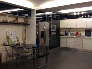 HEBART MİMARLIK DEKORASYON HZMT.LTD.ŞTİ. – Sinpaş lagün Lilyum villa dekorasyonu: modern tarz Mutfak
