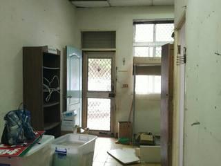 以恩室內裝修設計工程有限公司: modern tarz , Modern