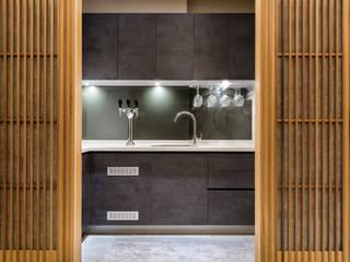 住空間-三峽:  廚房 by 青易國際設計