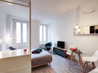 Minimalist bedroom by staged interiors Minimalist