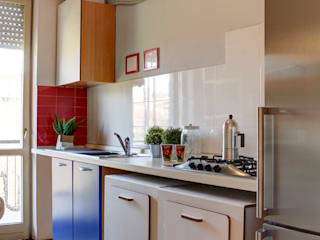 Home Staging per quadrilocale in vendita: Cucina in stile  di staged interiors