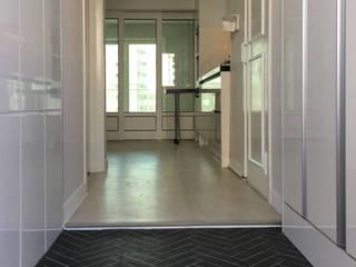 부천 한라 리모델리 18평 디자인고은 모던스타일 복도, 현관 & 계단