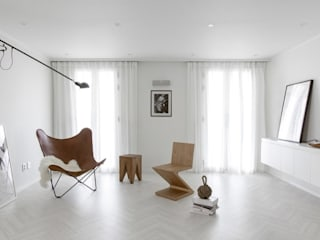 Living room by husk design 허스크디자인, Minimalist