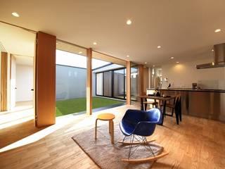 STaD(株式会社鈴木貴博建築設計事務所) Moderne Wohnzimmer