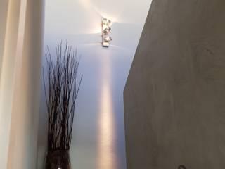 BETON2 Modern corridor, hallway & stairs Concrete Beige