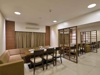 ICICI GUEST HOUSE MUMBAI Modern dining room by smstudio Modern