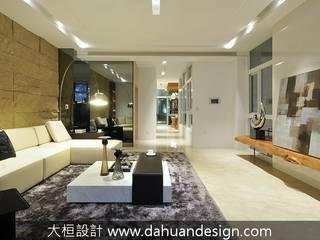 大桓設計顧問有限公司 Modern living room Glass White