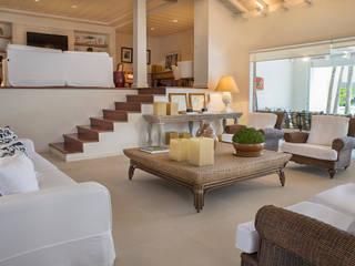 Fotos para Villa Vittini l Búzios RJ Salas de estar modernas por ArielCPhoto Moderno