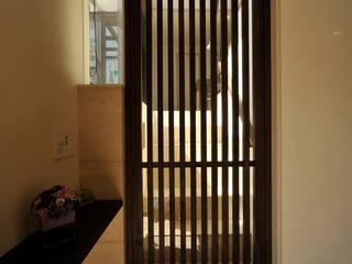 松原の家 の HAN環境・建築設計事務所 モダン