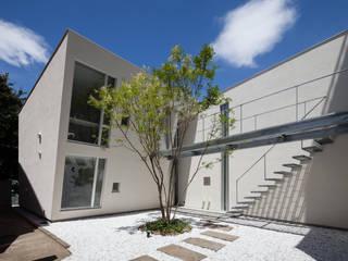Houses by 庄司寛建築設計事務所 / HIROSHI SHOJI  ARCHITECT&ASSOCIATES, Modern