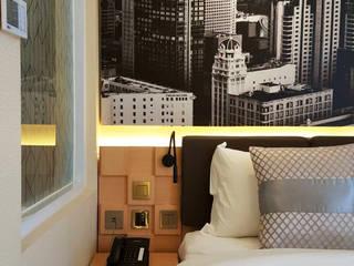 Likha Interior Hôtels modernes Contreplaqué Effet bois