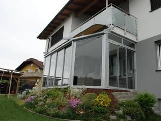 Wintergarten Anbau aus Aluminium mit Wärmeschutzverglasung Schmidinger Wintergärten, Fenster & Verglasungen Klassischer Wintergarten Aluminium/Zink Grau