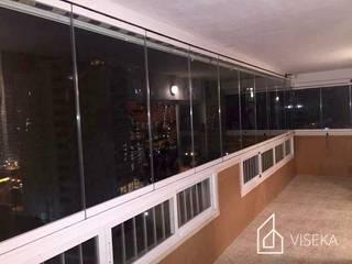 Viseka Multi-Family house Glass Transparent
