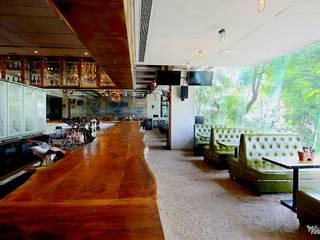 AGENT JACK VEERA DESAI Modern dining room by smstudio Modern