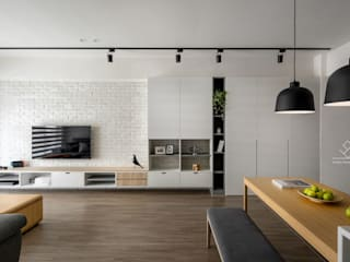Salas de estilo escandinavo de 極簡室內設計 Simple Design Studio Escandinavo