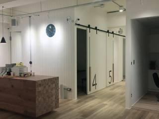 竹北 生髮診所-申辦建築變更使用用途+室內裝修許可:   by 曾聖傑建築師事務所