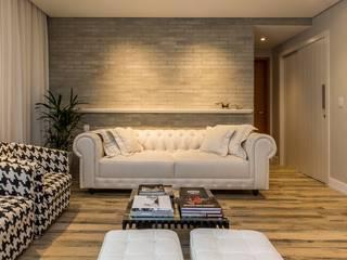 Projeto Apartamento MI, Camboinhas, Niteroi, RJ Salas de estar clássicas por Rafael Ramos Arquitetura Clássico