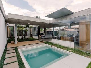 Piscina: Piscinas de jardim  por Vereda Arquitetos