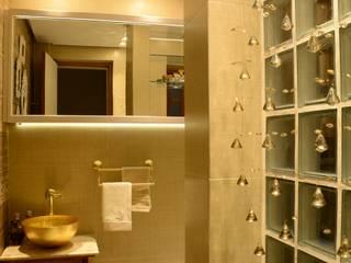 Lavabo Gold Banheiros rústicos por arquiteta aclaene de mello Rústico