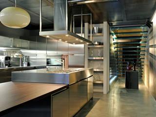 Industrial style bedroom by Vemworks llc Industrial