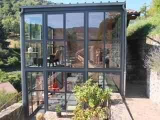 Une cadole en Beaujolais: Maisons de style  par Marion Guinet Architecte, Industriel