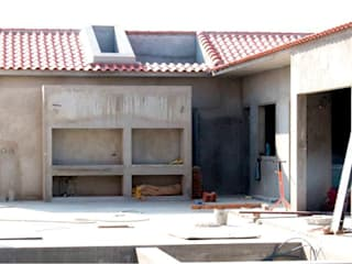 MOBEC Balcones y terrazas de estilo moderno