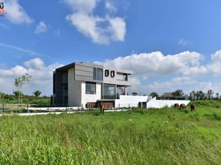 CASA RO.: Casas de estilo minimalista por ArqCubo