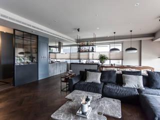 Living room by 隱室設計 In situ interior design