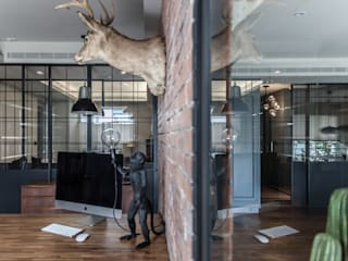 Escritórios modernos por 隱室設計 In situ interior design Moderno