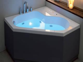 Vasca da bagno moderna multifunzione 120x120:  in stile  di Jo-Bagno.it