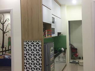 Tủ bếp Laminate hiện đại nhà chị Vân - P2002 tòa C The Golden An Khánh: hiện đại  by Nội thất Hpro, Hiện đại