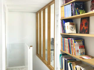 3B Architecture Modern corridor, hallway & stairs Wood White