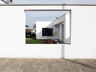 現代房屋設計點子、靈感 & 圖片 根據 Spray architecture 現代風