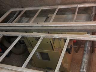 Denkmalschutz pflegen, Aufarbeitungen von Türen und Fenster:   von Tischlerei RMD Rustikales Möbeldesign