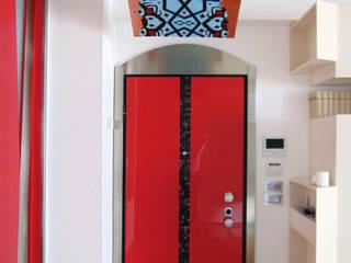 Pasillos y vestíbulos de estilo  por Studio di Architettura e Design Giovanni Scopece, Moderno