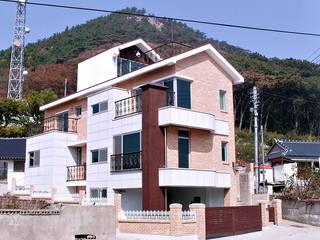 야미도 별장: 인중헌 건축사 사무소의  주택