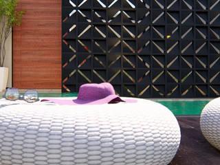 Residência JR IEZ Design Piscinas de jardim Tijolo Turquesa