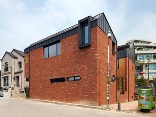운중동 주택 (Introverted house) by 건축사사무소 ids 한옥