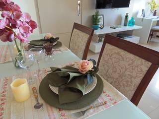 APARTAMENTO MAR DO CARIBE Salas de jantar ecléticas por Estúdio_2M Eclético