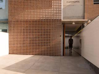 reforma escritorio fachada elemento vazado ceramica Estudio Piloti Arquitetura Edifícios comerciais industriais