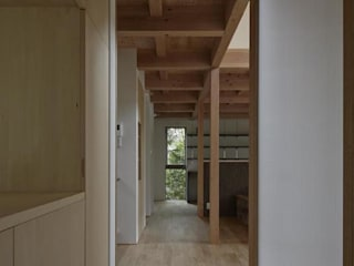 イン・エクスデザイン / in-ex design.Co.,Ltd. Modern Corridor, Hallway and Staircase